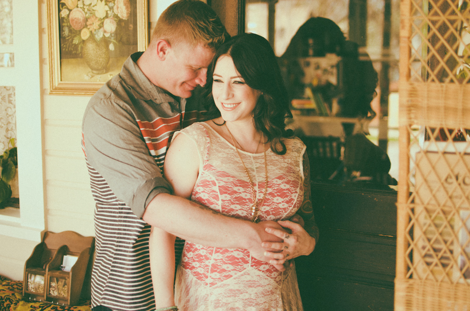 maternity photoshoot with melissa and jacob in boise, id by erika astrid