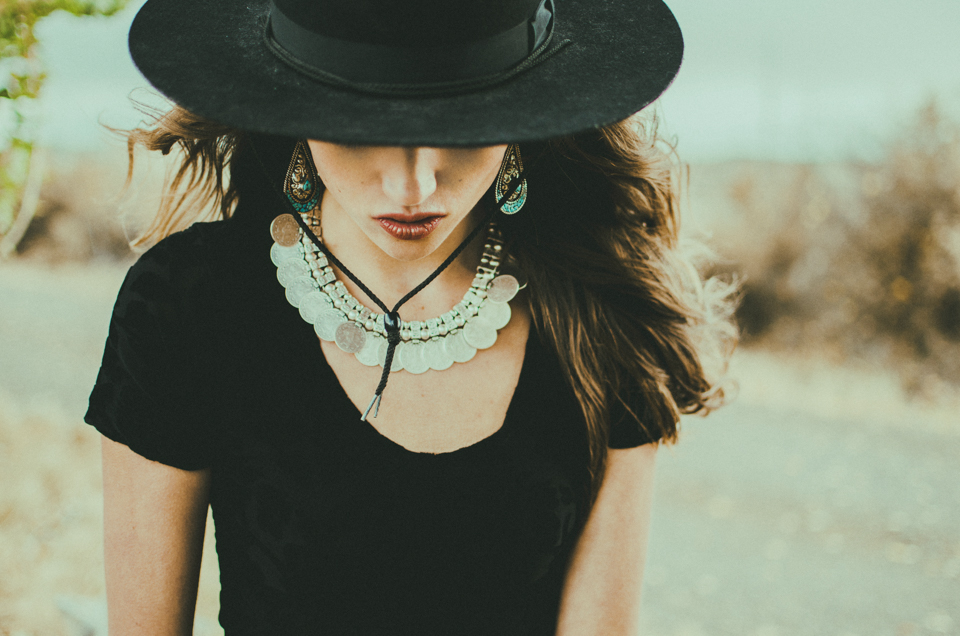 lookbook shoot for isabella rae jewelry by erika astrid