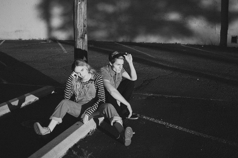 sara grace kelley and andrew thomas by erika astrid